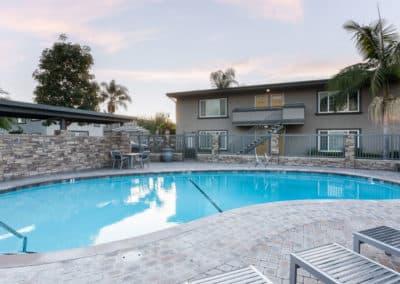 swimming-pool-apartment